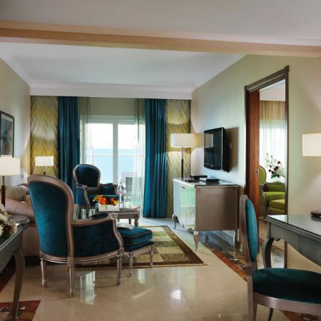 Hilton Corniche